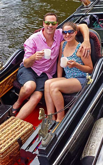 Couple on gondola cruise in Stillwater